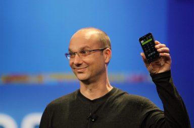 Andy Rubin Essential phone tanıtımında